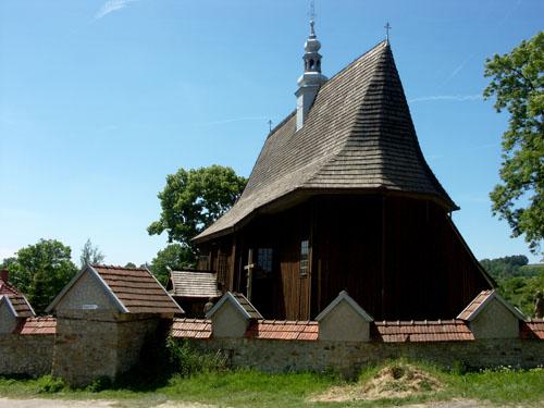 drewniany kościół w Rajbrocie